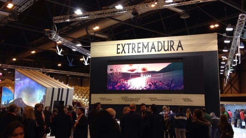 Los Grupos de Acción Local y REDEX, prescriptores de los destinos comarcales en el coexpositor de turismo rural de Extremadura en FITUR 2017